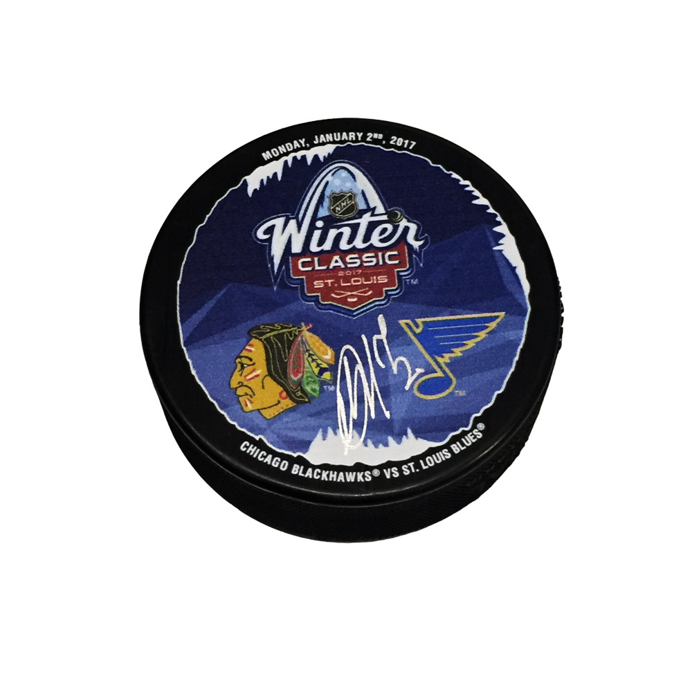 ARTEMI PANARIN Signed Chicago Blackhawks 2017 Winter Classic Puck