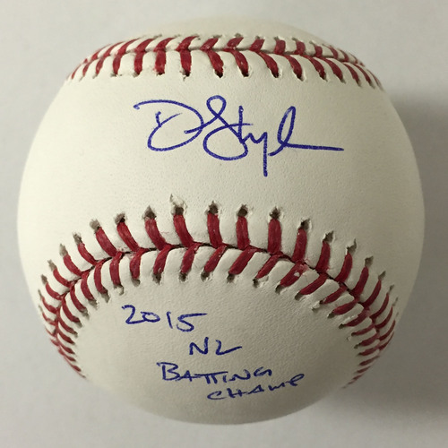 "Photo of Dee Gordon Autographed ""2015 NL Batting Champ"" Baseball"