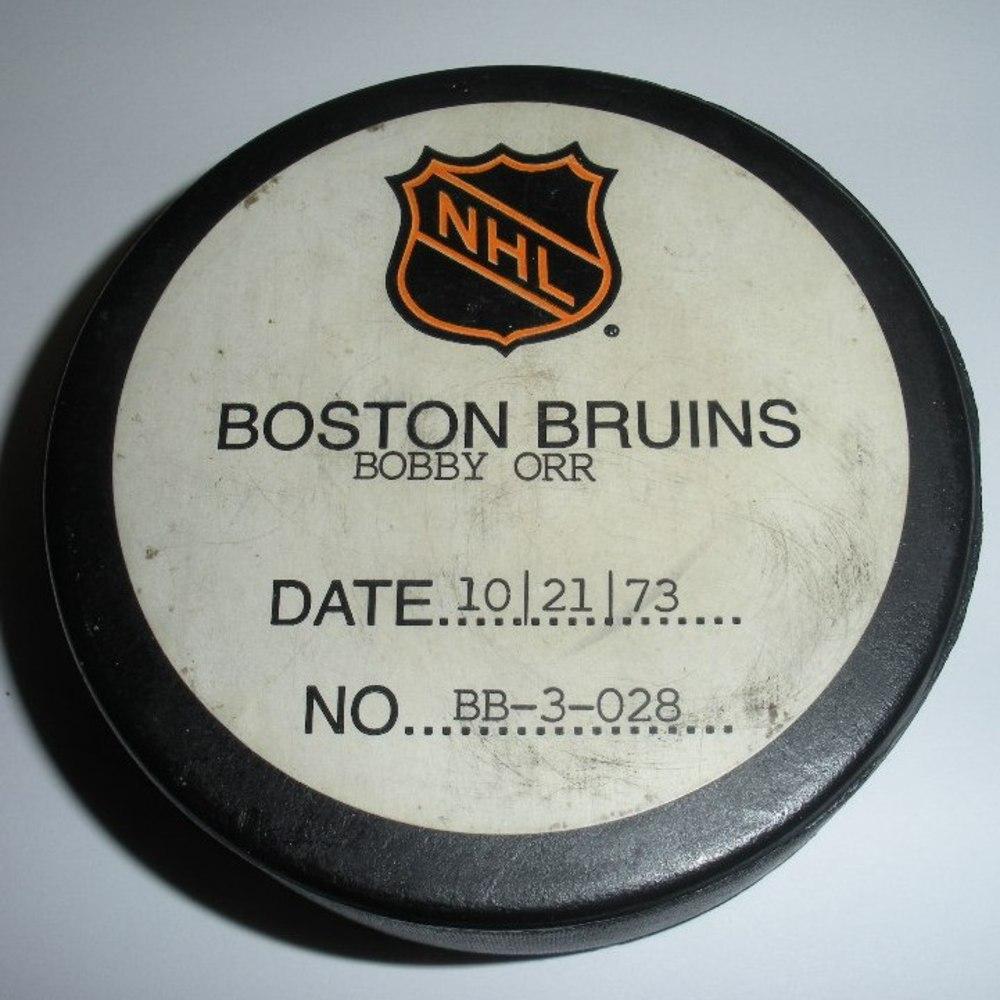 Bobby Orr - Boston Bruins - Goal Puck with Original Certificate - October 21, 1973 (Bruins Logo)