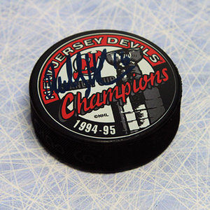 Bobby Holik New Jersey Devils Autographed 1995 Stanley Cup Hockey Puck