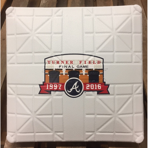 Photo of New Commemorative Base from Turner Field Final Game
