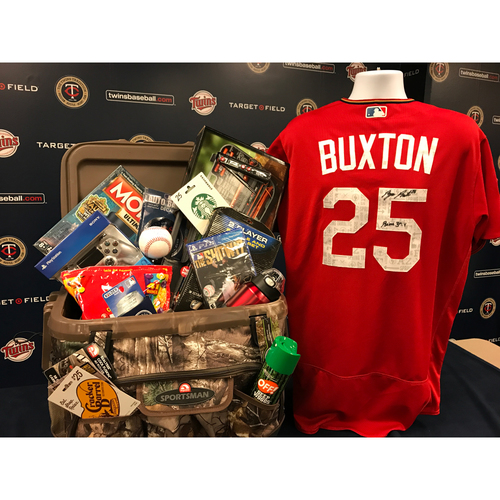 Photo of 2017 Twins Favorite Things Auction: Byron Buxton Favorite Things Basket