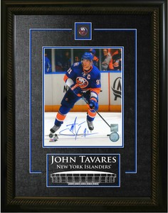 John Tavares - Signed & Framed 8x10 Etched Mat - New York Islanders