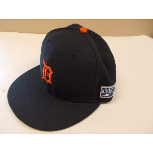 Photo of Game-Used Rajai David 2014 Postseason Road Cap