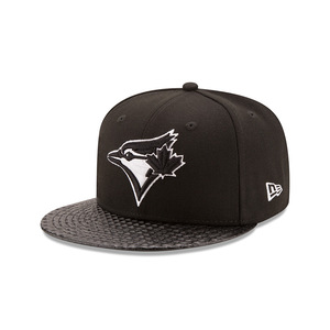Toronto Blue Jays Vize Rise Snapback Cap by New Era