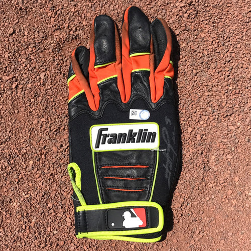 Photo of San Francisco Giants - Autographed Batting Glove - Hunter Pence (Left Glove Hand Only)