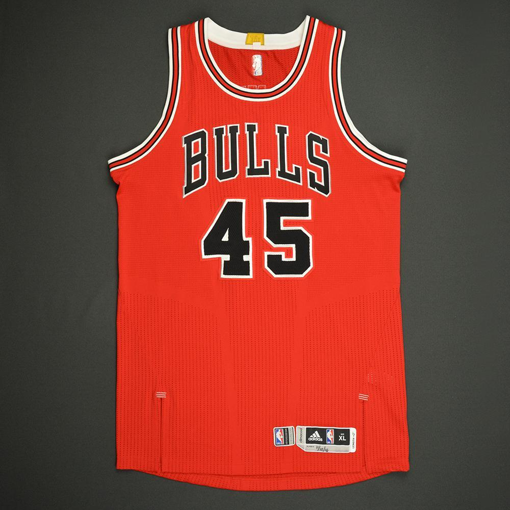 Denzel Valentine - Chicago Bulls - Game-Worn Rookie Season Jersey (Not Debut) - 2016-17 Season