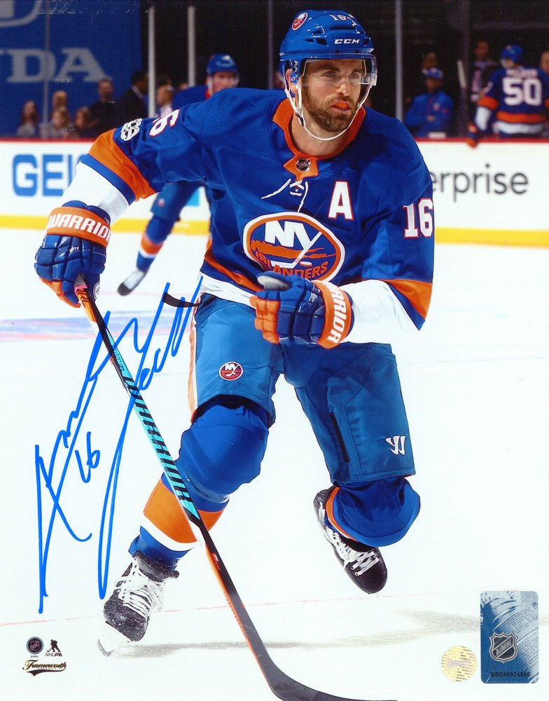 Andrew Ladd - Signed 8x10 Photo Islanders Blue Skating