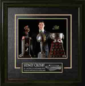 Sidney Crosby - Signed 16x20 Etched Mat - Pittsburgh Penguins 2013-2014 Trophies