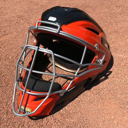 Photo of San Francisco Giants - Team-Issued Catcher's Mask - Nick Hundley