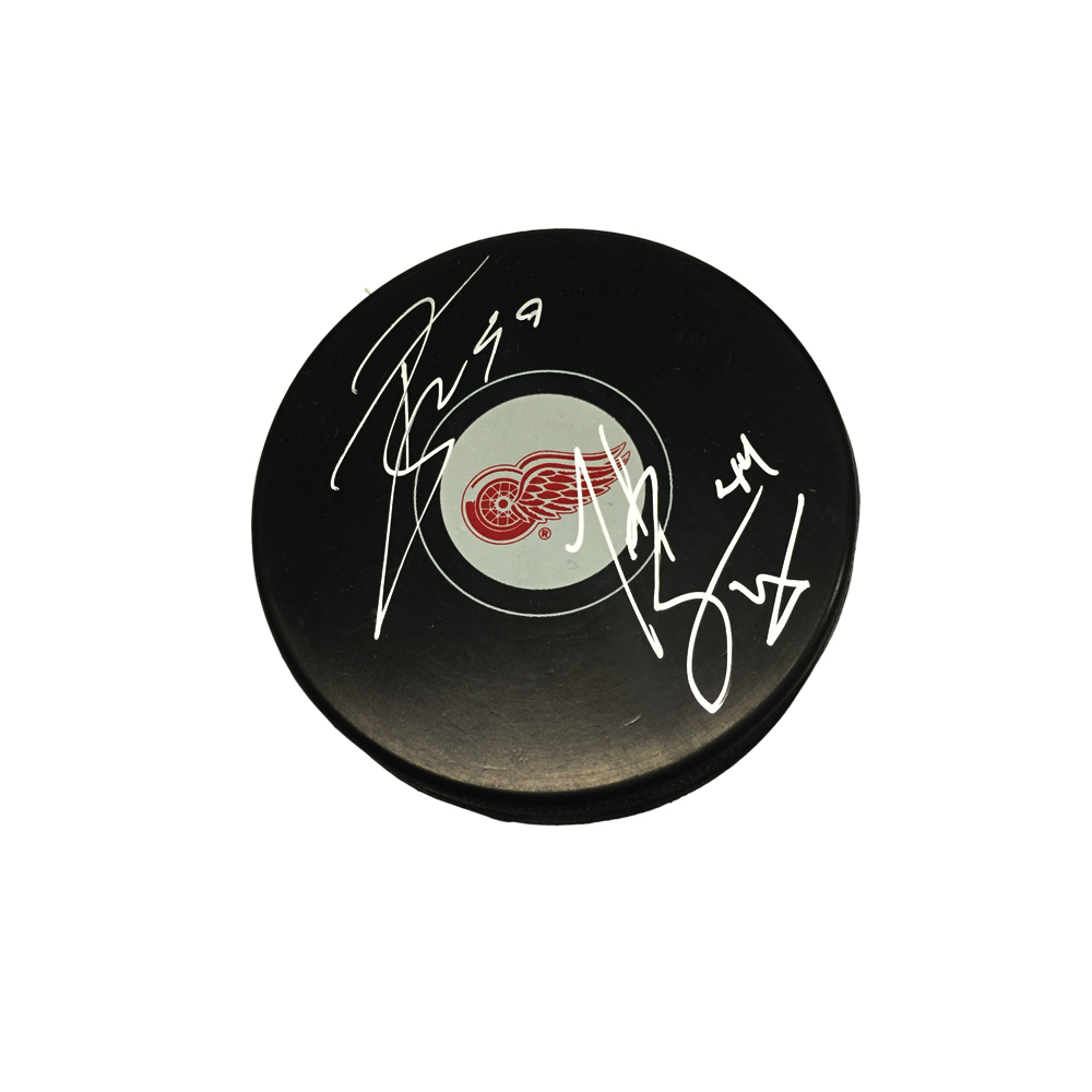 TODD BERTUZZI & TYLER BERTUZZI Signed Detroit Red Wings Puck