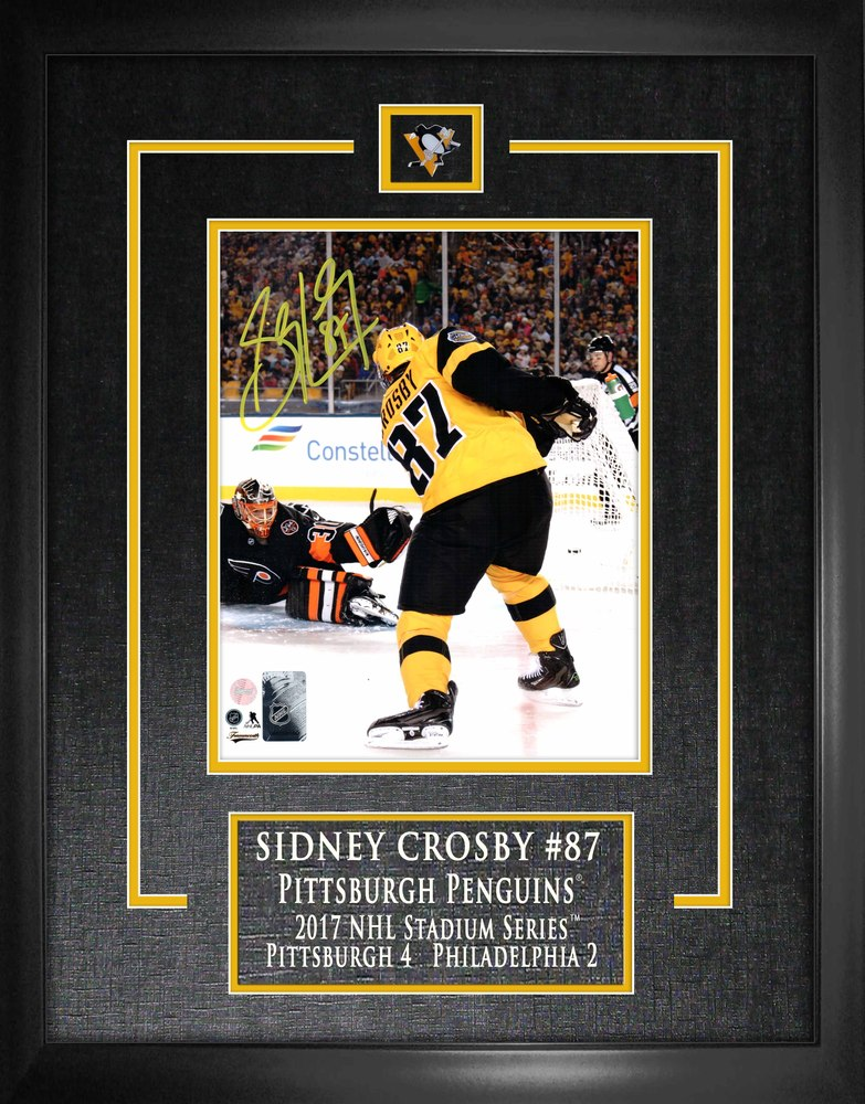 Sidney Crosby - Signed & Framed 8x10