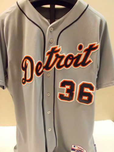 Photo of Game-Used Joe Nathan Road Jersey