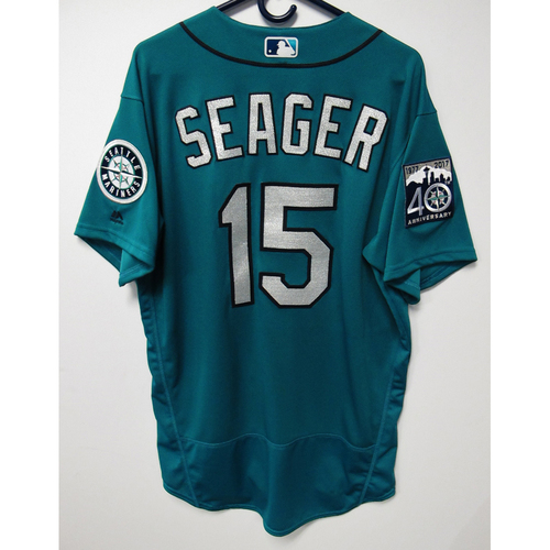 Photo of Kyle Seager Green Game-Used 40th Anniversary Jersey May 19, 2017 Size 46