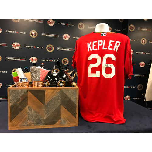 Photo of 2017 Twins Favorite Things Auction: Max Kepler Favorite Things Basket