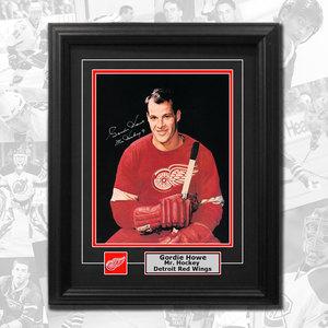 Gordie Howe Detroit Red Wings Portrait Autographed Framed 8x10