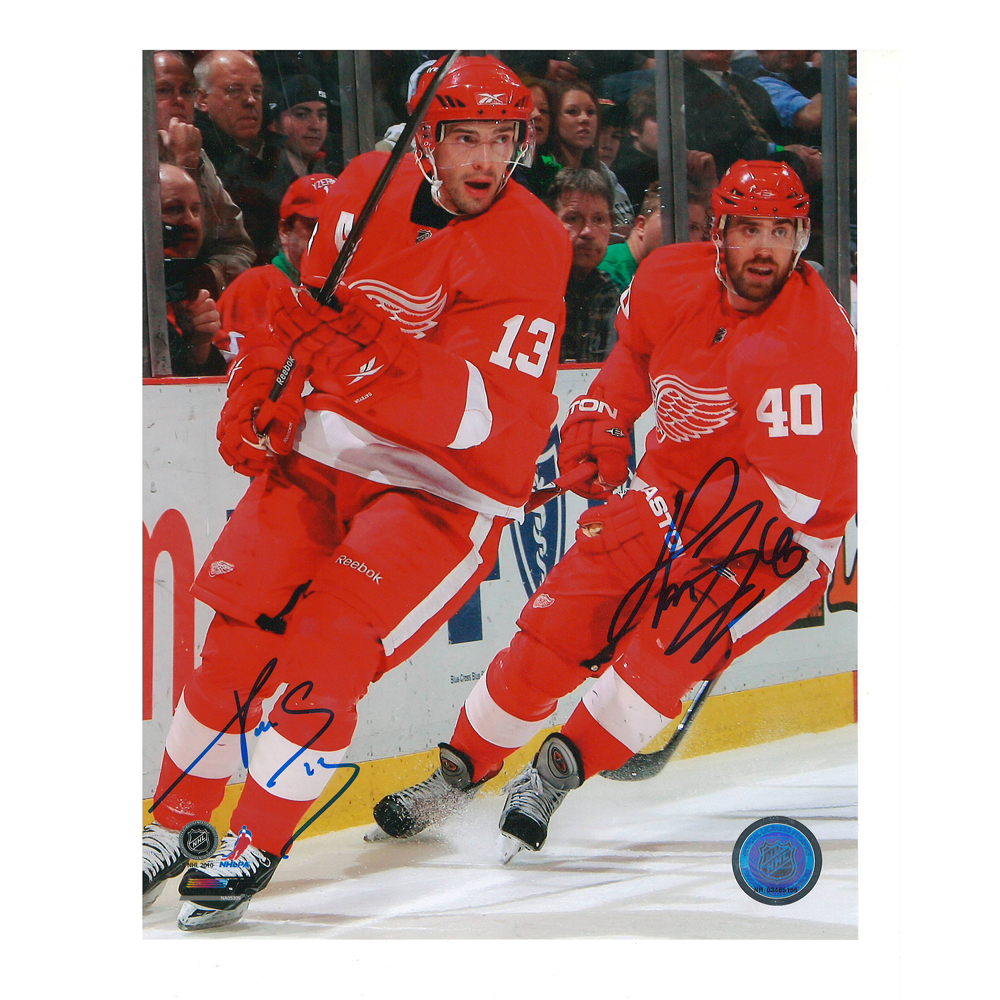 PAVEL DATSYUK and HENRIK ZETTERBERG Signed Detroit Red Wings 8 X 10 Photo - 70261