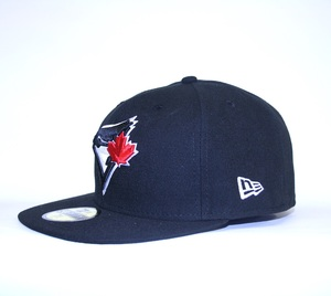 League Basic Cap by New Era