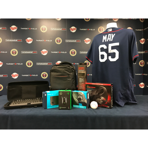 Photo of 2017 Twins Favorite Things Auction: Trevor May Favorite Things Basket