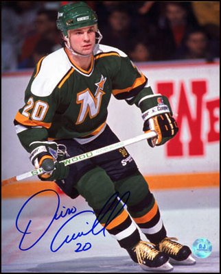 DINO CICCARELLI Minnesota North Stars SIGNED 16x20 Photo
