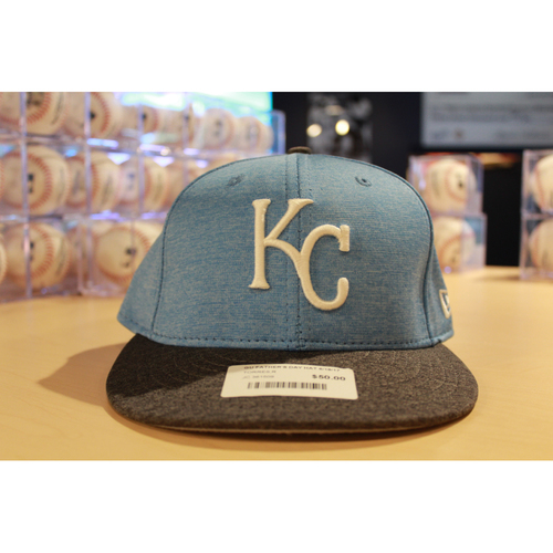 Photo of Peter Moylan Game-Used Father's Day Cap (Size 7 3/8)