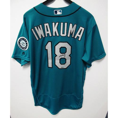 Photo of Hisashi Iwakuma Green Autographed Clubhouse Issued Jersey 2016 Size 48