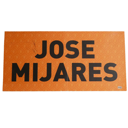 Photo of San Francisco Giants - 2012 World Series Parade Car Magnet - Jose Mijares (Autographed)