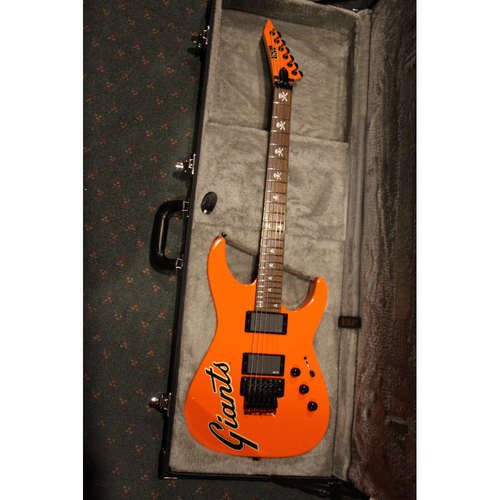 Photo of GCF Auction: Kirk Hammett 2016 Giants Metallica Night National Anthem Guitar