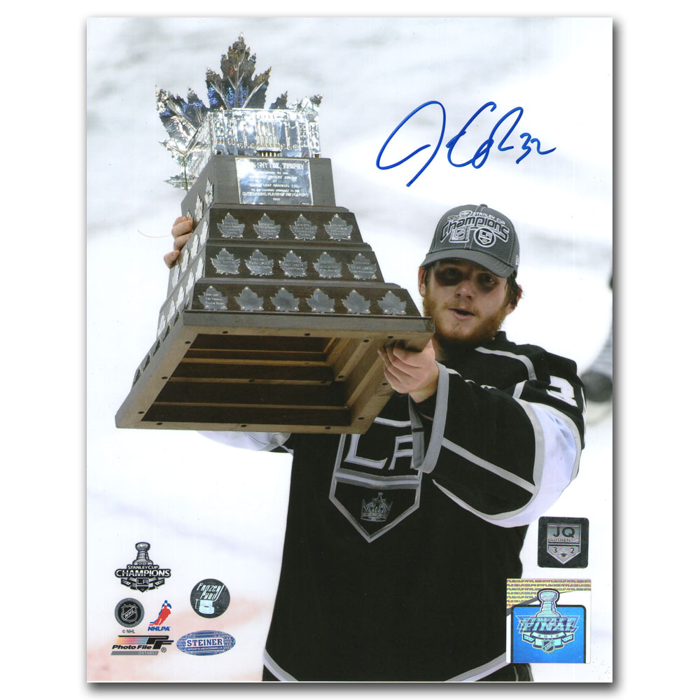 Jonathan Quick Autographed Los Angeles Kings 8X10 Photo