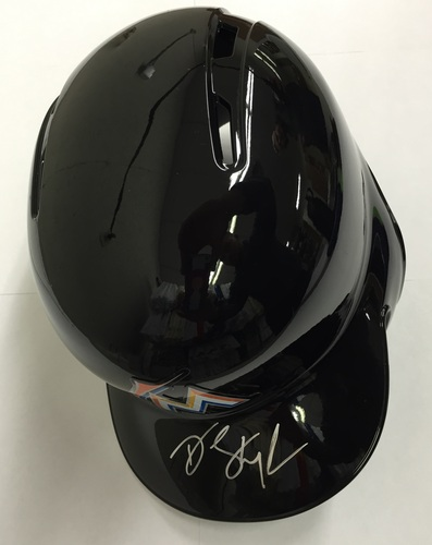 Photo of Dee Gordon Autographed Miami Marlins Helmet