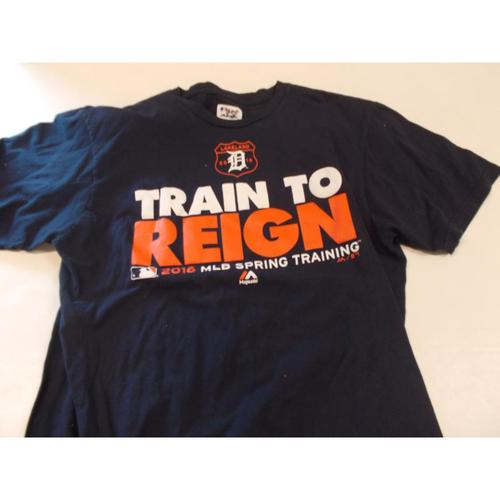 Photo of Justin Wilson 2016 Spring Training T-Shirt