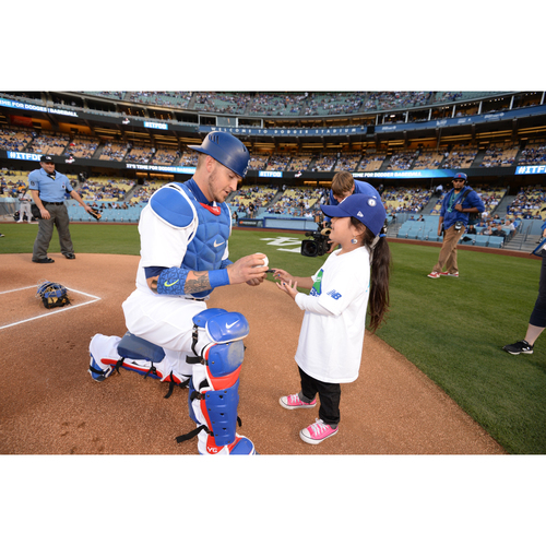 Photo of LADF Blue Diamond Gala Auction: Kids Take the Field Experience