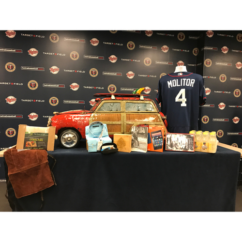Photo of 2017 Twins Favorite Things Auction: Paul Molitor Favorite Things Basket