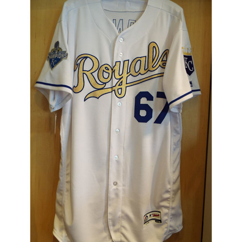 Photo of Chien-Ming Wang 2016 Opening Day Game-Used Gold Jersey