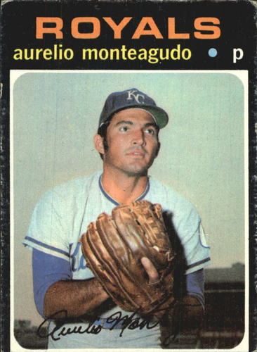 Photo of 1971 Topps #129 Aurelio Monteagudo