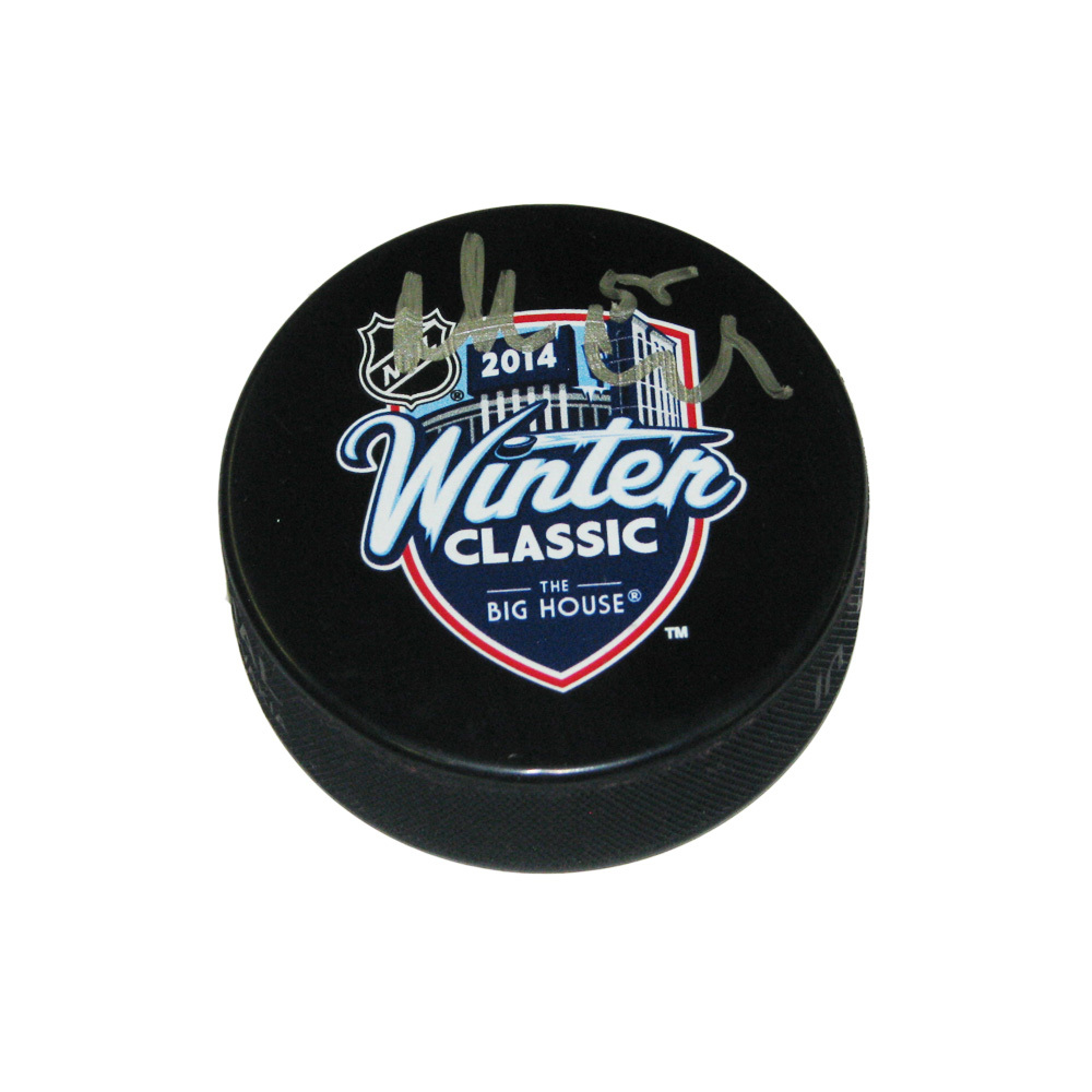 NIKLAS KRONWALL Signed 2014 NHL Winter Classic Puck