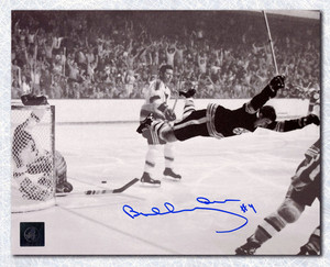 Bobby Orr Boston Bruins Autographed Stanley Cup Flying Goal 8x10 Photo: GNR COA