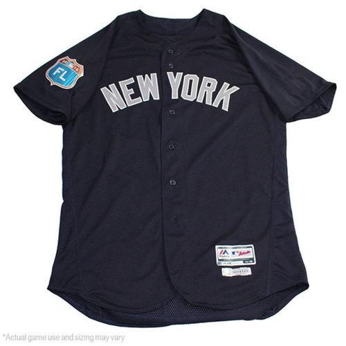 Photo of Brett Gardner New York Yankees 2017 Spring Training Road Game-Used #11 Jersey (44)