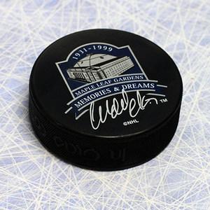 Wendel Clark Toronto Maple Leafs Autographed Gardens Memories & Deams Puck