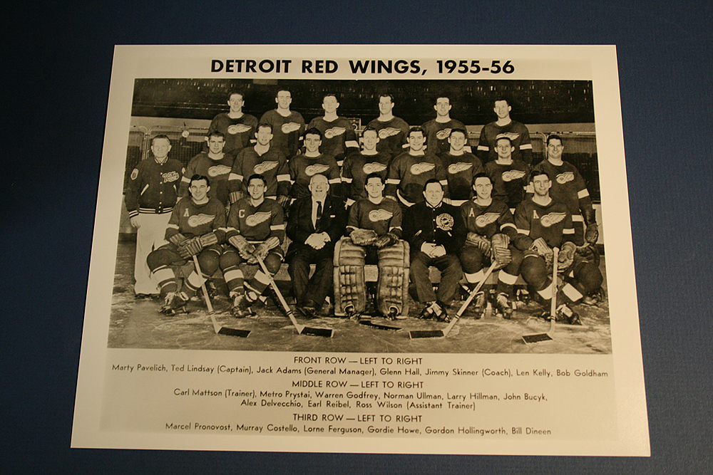 VINTAGE Detroit Red Wings 1955-1956 Team Photo