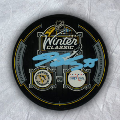 JEFF SCHULTZ Washington Capitals SIGNED 2011 Winter Classic Puck