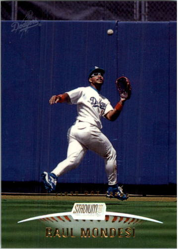 Photo of 1999 Stadium Club First Day Issue #30 Raul Mondesi