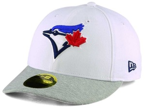 Toronto Blue Jays Tech Sweep Low Crown Fitted Cap White/Grey by New Era
