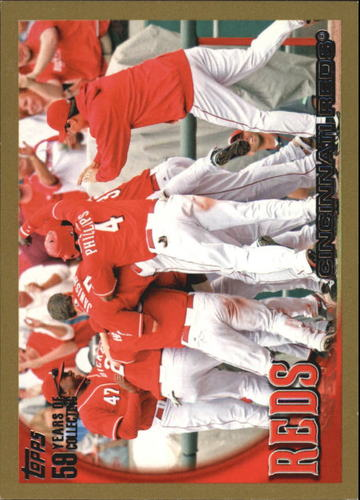 Photo of 2010 Topps Gold Border #32 Cincinnati Reds