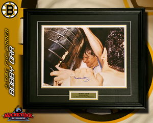 BOBBY ORR Signed Boston Bruins 2x Stanley Cup Framed 16x20 Photo