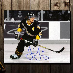 Jaromir Jagr Pittsburgh Penguins SPOTLIGHT Autographed 8x10