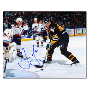 Jaromir Jagr Pittsburgh Penguins VS. ISLANDERS Autographed 8x10