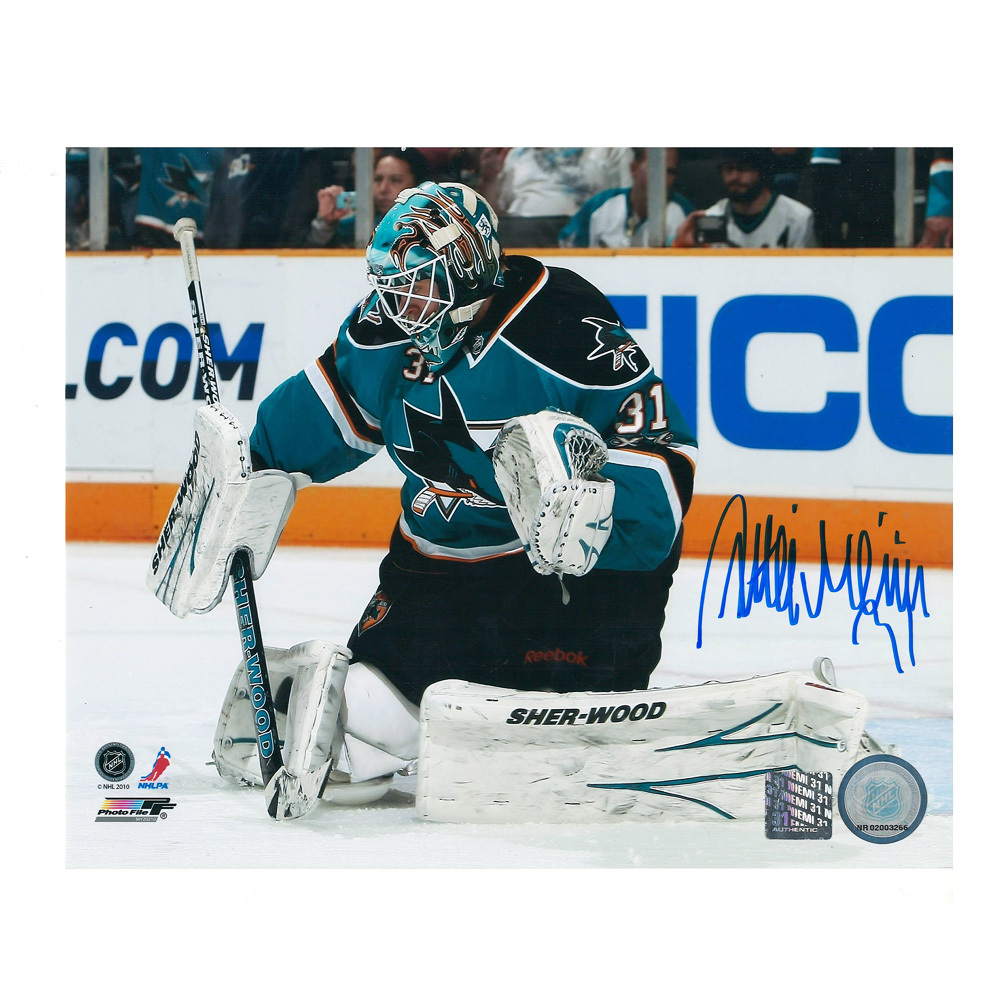 ANTTI NIEMI Signed San Jose Sharks 8 X 10 Photo - 70325