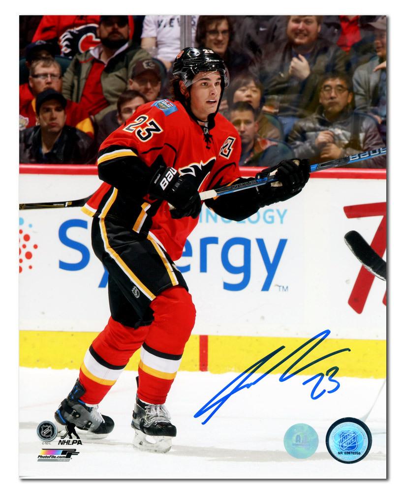 Sean Monahan Calgary Flames Autographed Hockey 8x10 Photo