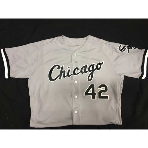 Photo of Zach Putnam Game-Used 2017 #42 Jersey